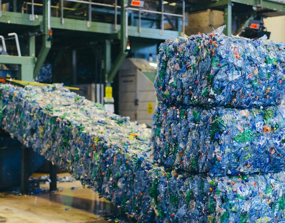 شناخت انواع بطری های پلاستیکی